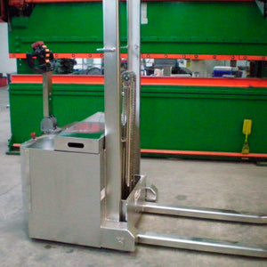 Mini Walk Behind Counterbalance - Superlift Material Handling