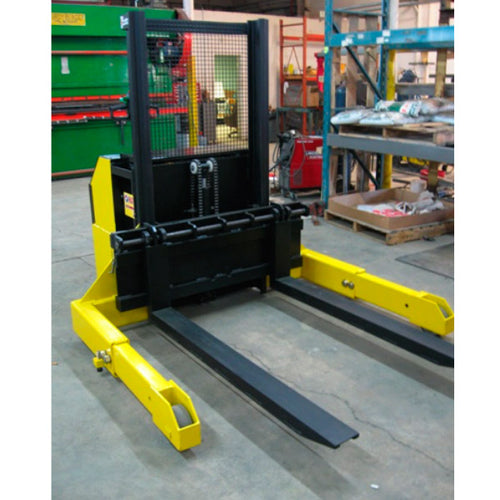 Straddle Truck 6,000 capacity - Superlift Material Handling
