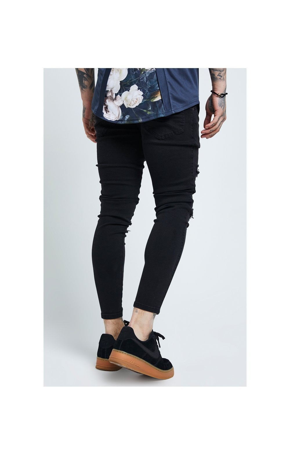 Load image into Gallery viewer, SikSilk Distressed Skinny Jeans – Black (2)