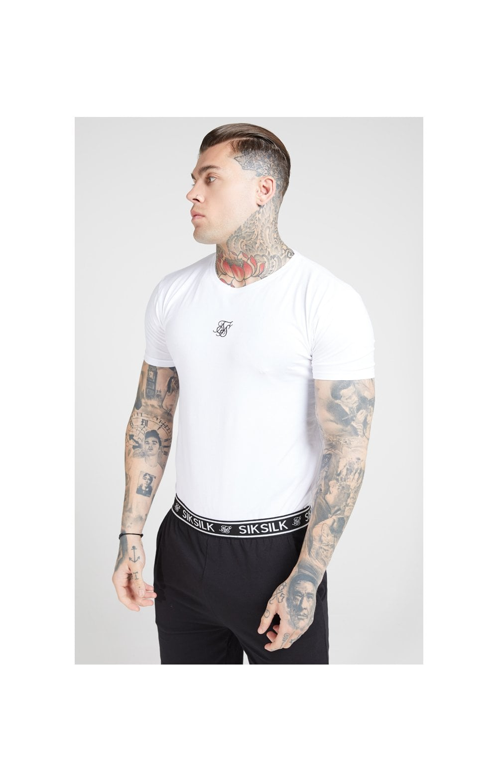Load image into Gallery viewer, SikSilk Lounge Tee - White & Navy (2 Pack) - 1 White Tee & 1 Navy Tee (3)