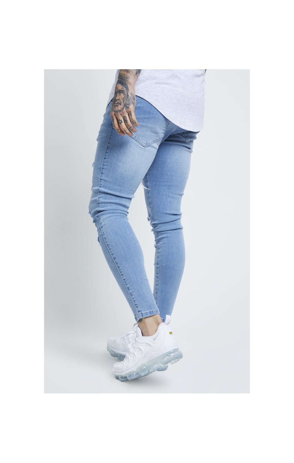 Load image into Gallery viewer, SikSilk Distressed Skinny Jeans – Light Wash (3)