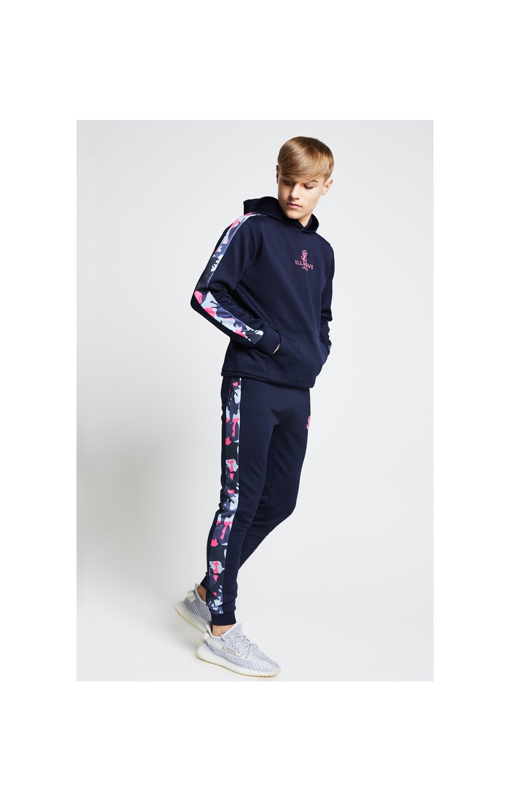 Illusive London Panelled Overhead Hoodie - Navy & Neon Pink Camo (4)