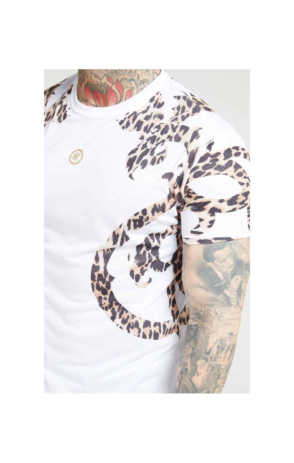 Load image into Gallery viewer, SikSilk S/S Raglan Straight Hem Tee – White