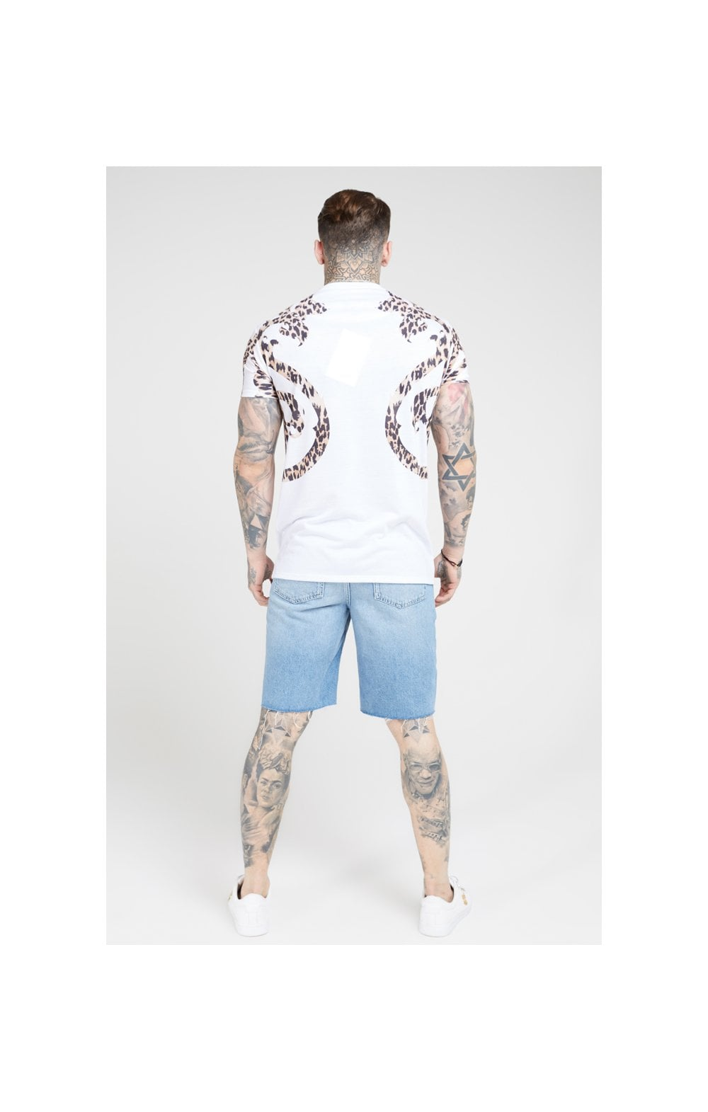 Load image into Gallery viewer, SikSilk S/S Raglan Straight Hem Tee – White (4)