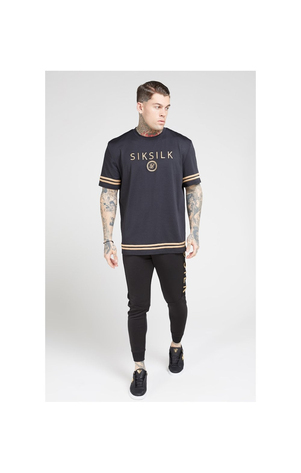 Load image into Gallery viewer, SikSilk S/S Oversize Essentials Tee – Black & Gold (2)