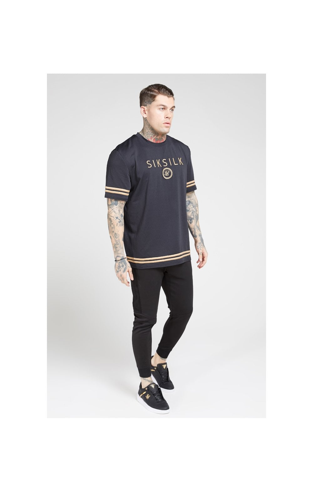Load image into Gallery viewer, SikSilk S/S Oversize Essentials Tee – Black & Gold (3)