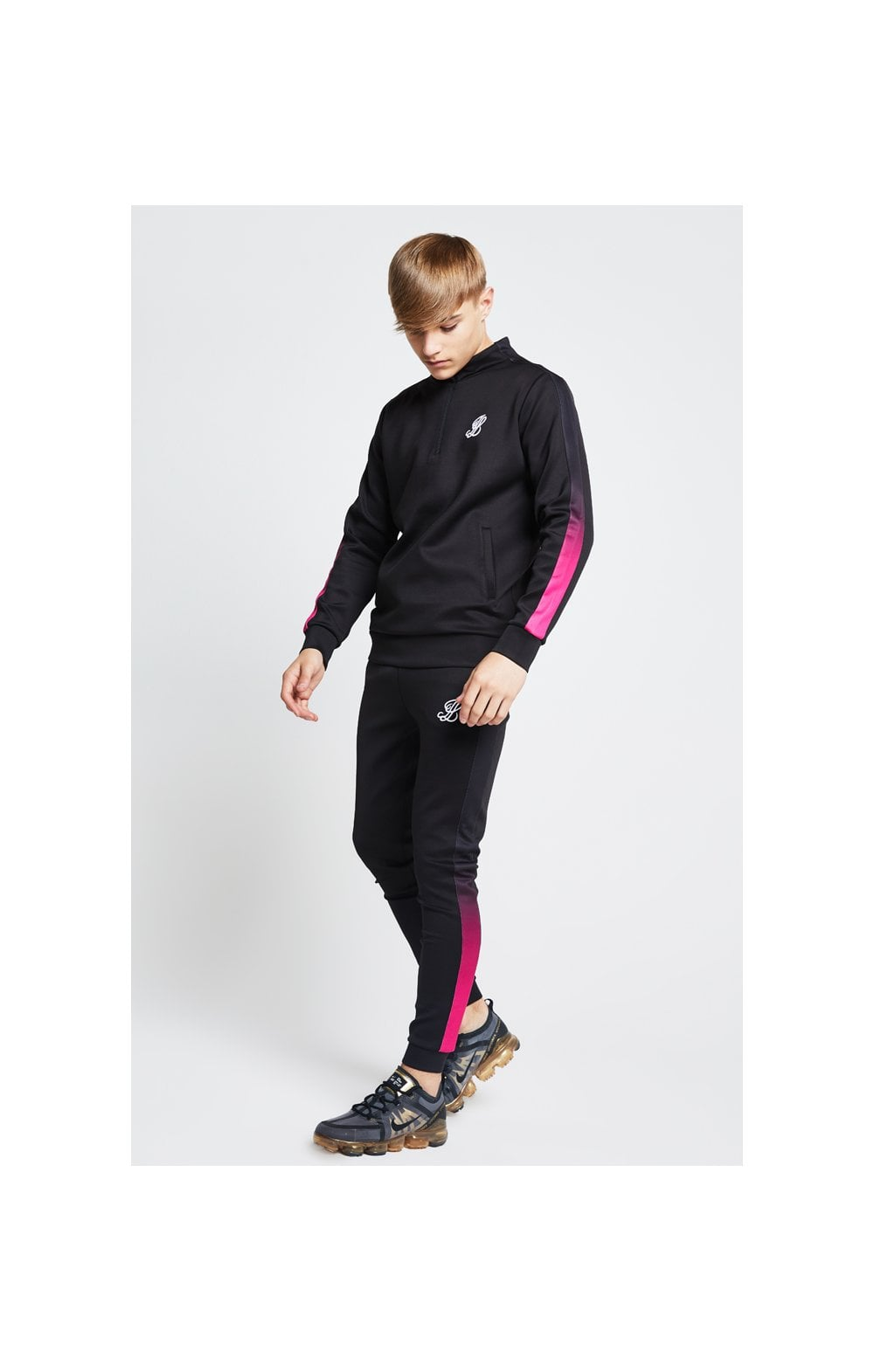 Load image into Gallery viewer, Illusive London Fade Panel Funnel Neck 1/4 Zip Hoodie - Black & Pink (5)