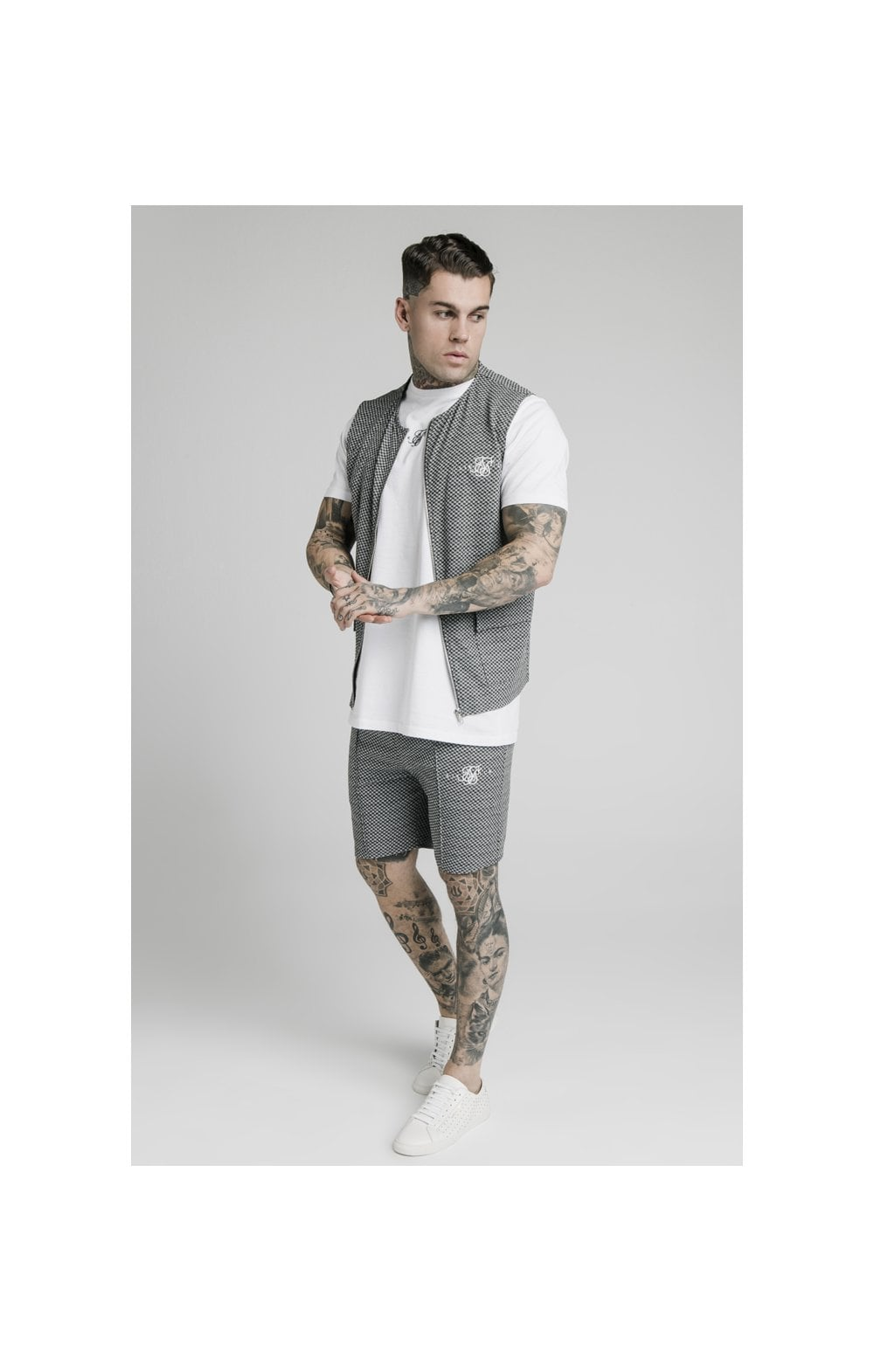 SikSilk Smart Wear Vest - Black & White Dogtooth (3)