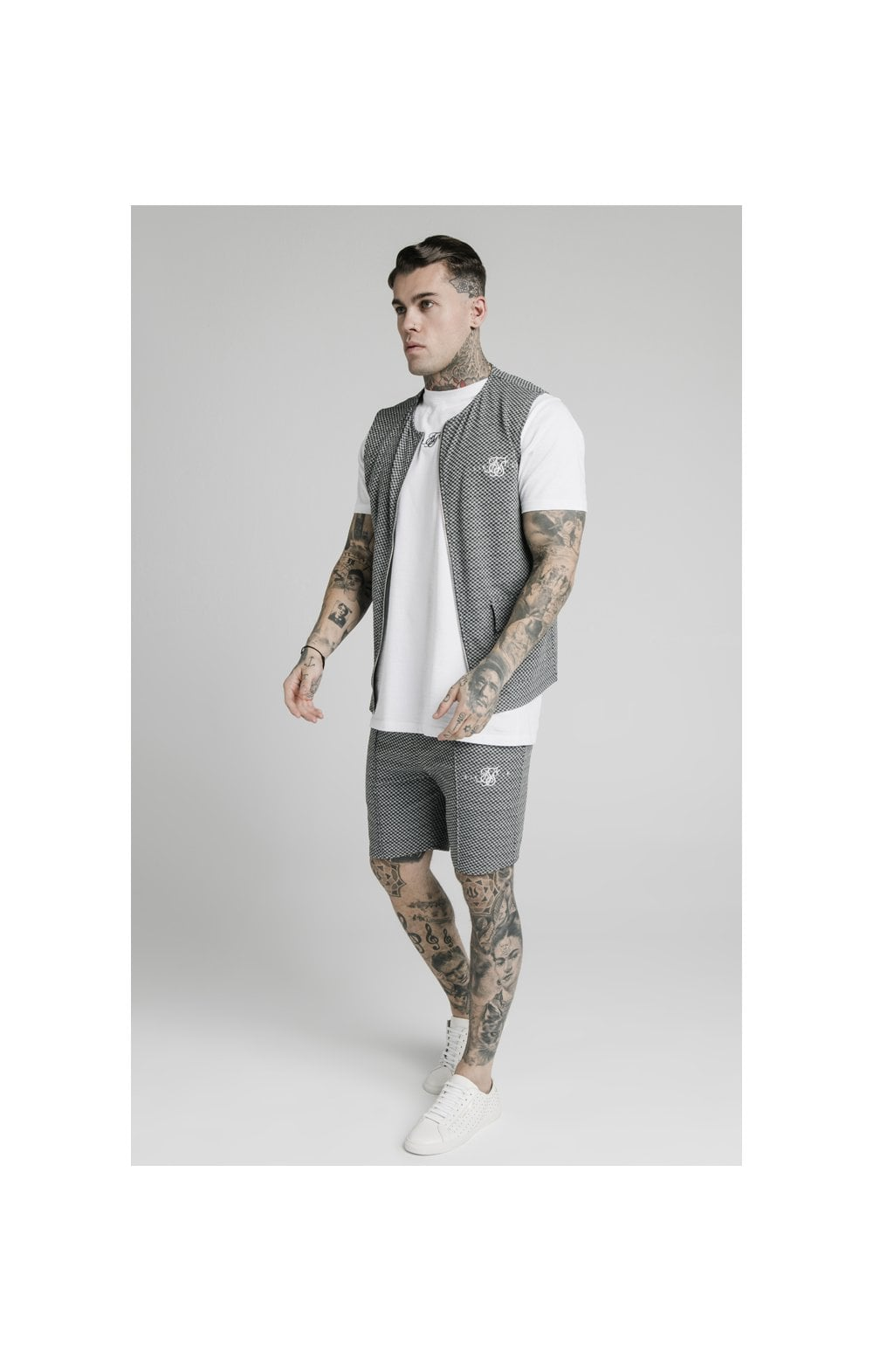 SikSilk Smart Wear Vest - Black & White Dogtooth (4)