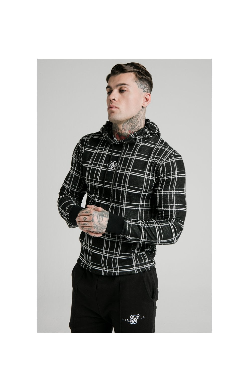 Load image into Gallery viewer, SikSilk Smart Overhead Hoodie – Black & White (1)