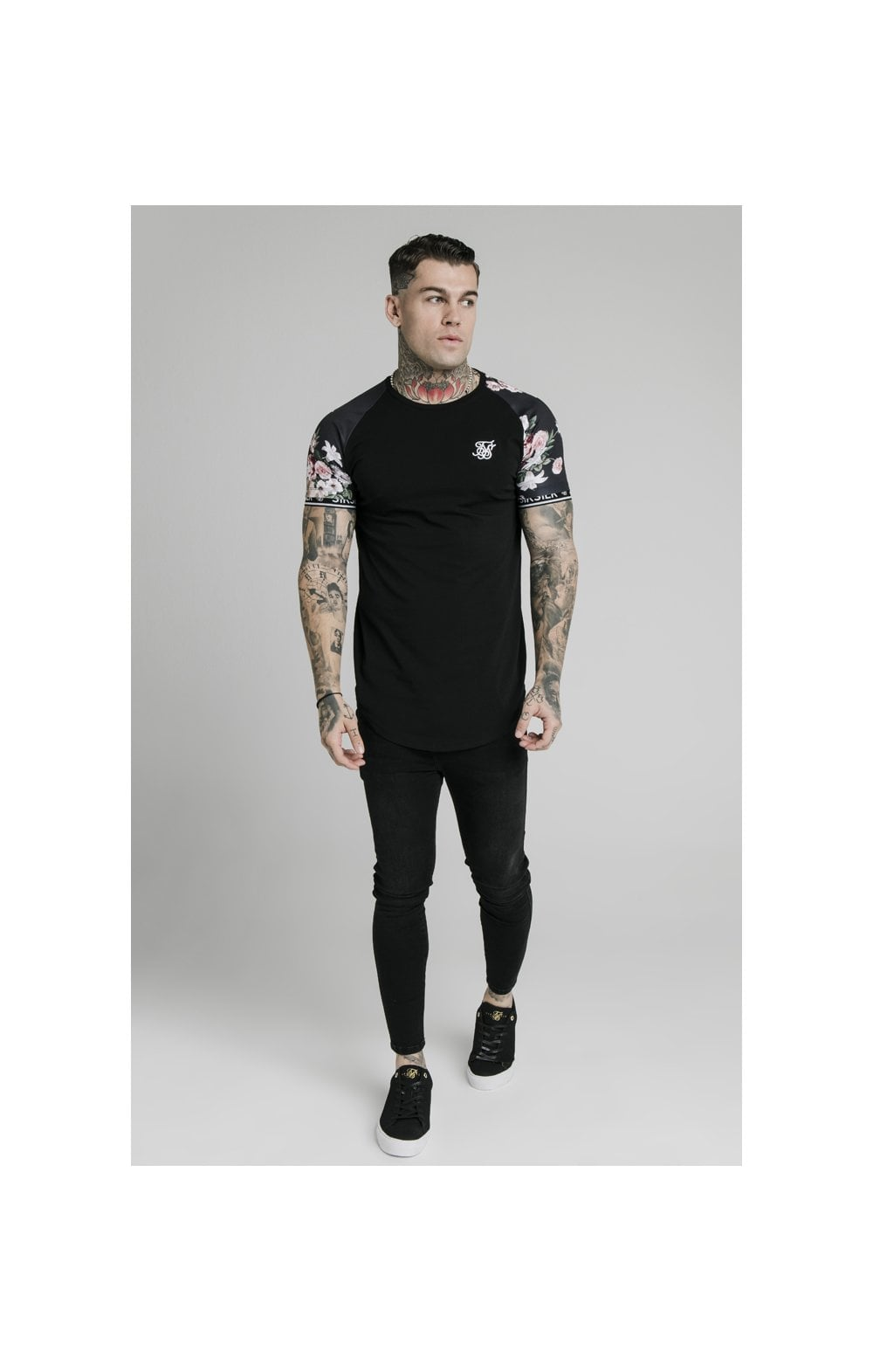 Load image into Gallery viewer, SikSilk S/S Prestige Floral Inset Tech Tee - Black (1)