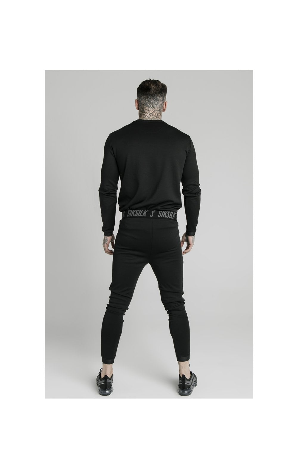 Load image into Gallery viewer, SikSilk L/S Active Crew Sweat - Black (2)