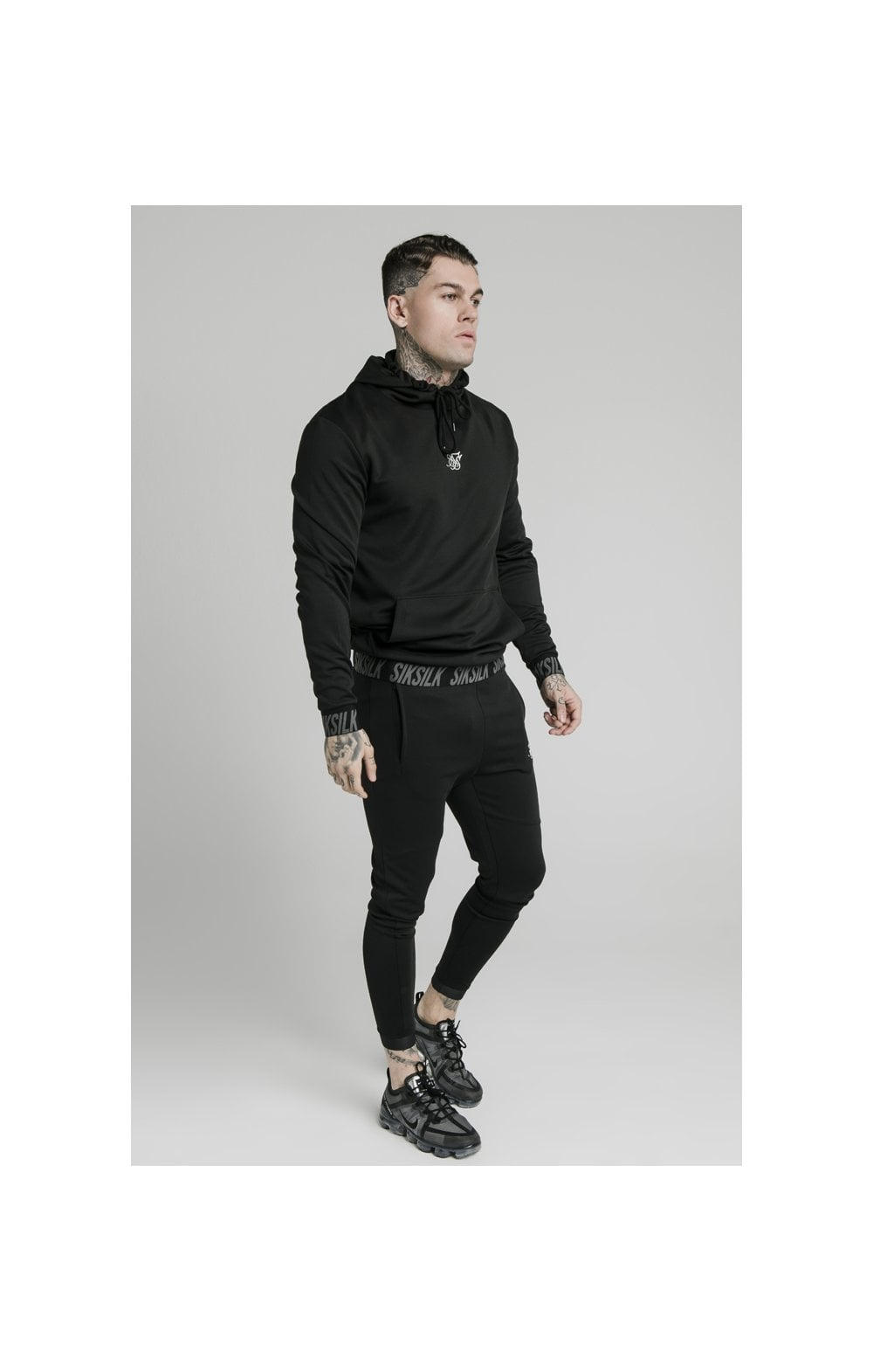 SikSilk Active Muscle Fit Overhead Hoodie - Black (4)