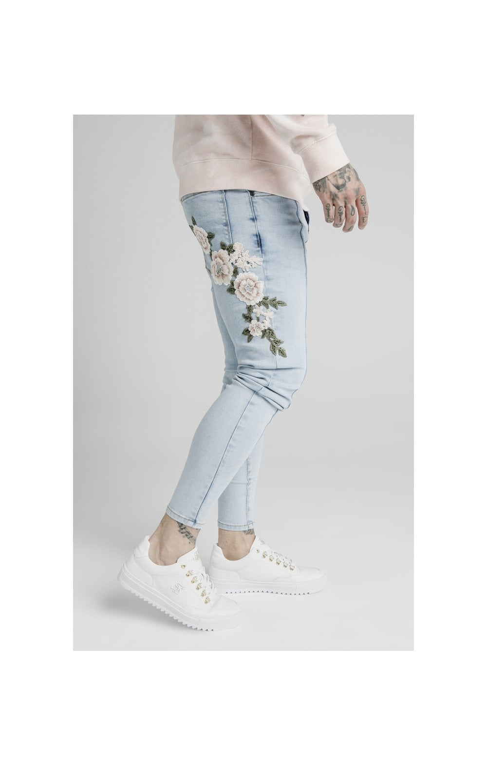 Load image into Gallery viewer, SikSilk Drop Crotch Pleated Applique Denims - White