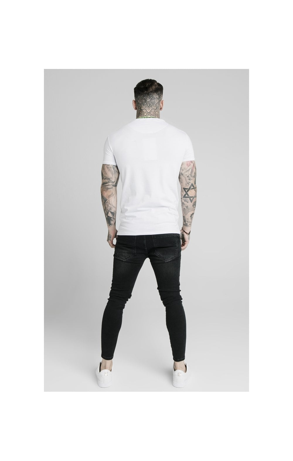 SikSilk Straight Hem Tape Collar Gym Tee - White (4)