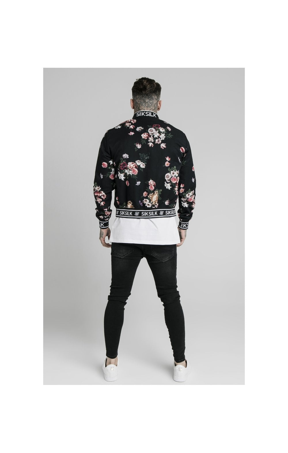 Load image into Gallery viewer, SikSilk Prestige Floral Bomber - Black (5)
