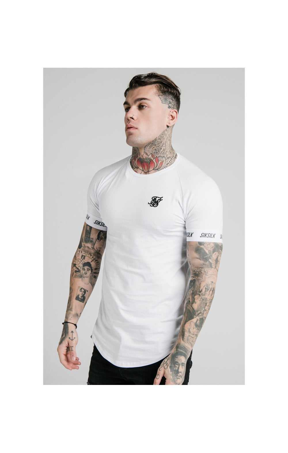 Load image into Gallery viewer, SikSilk S/S Raglan Tech Tee - White