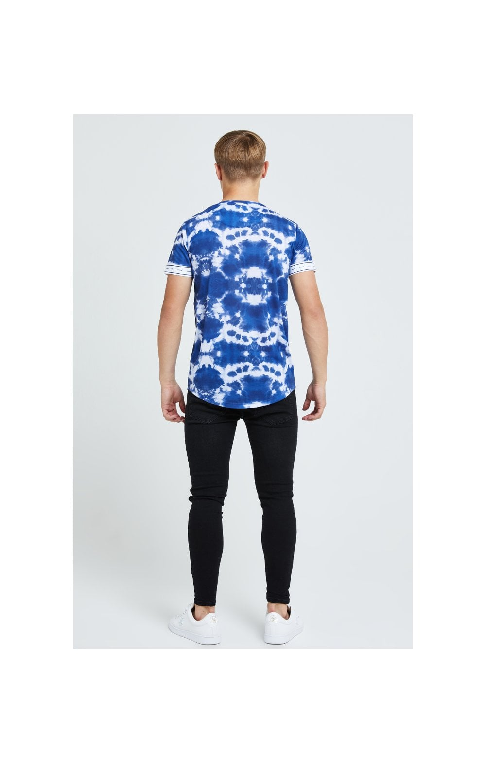 Illusive London Tie Dye Print Tech Tee - Blue & White (4)