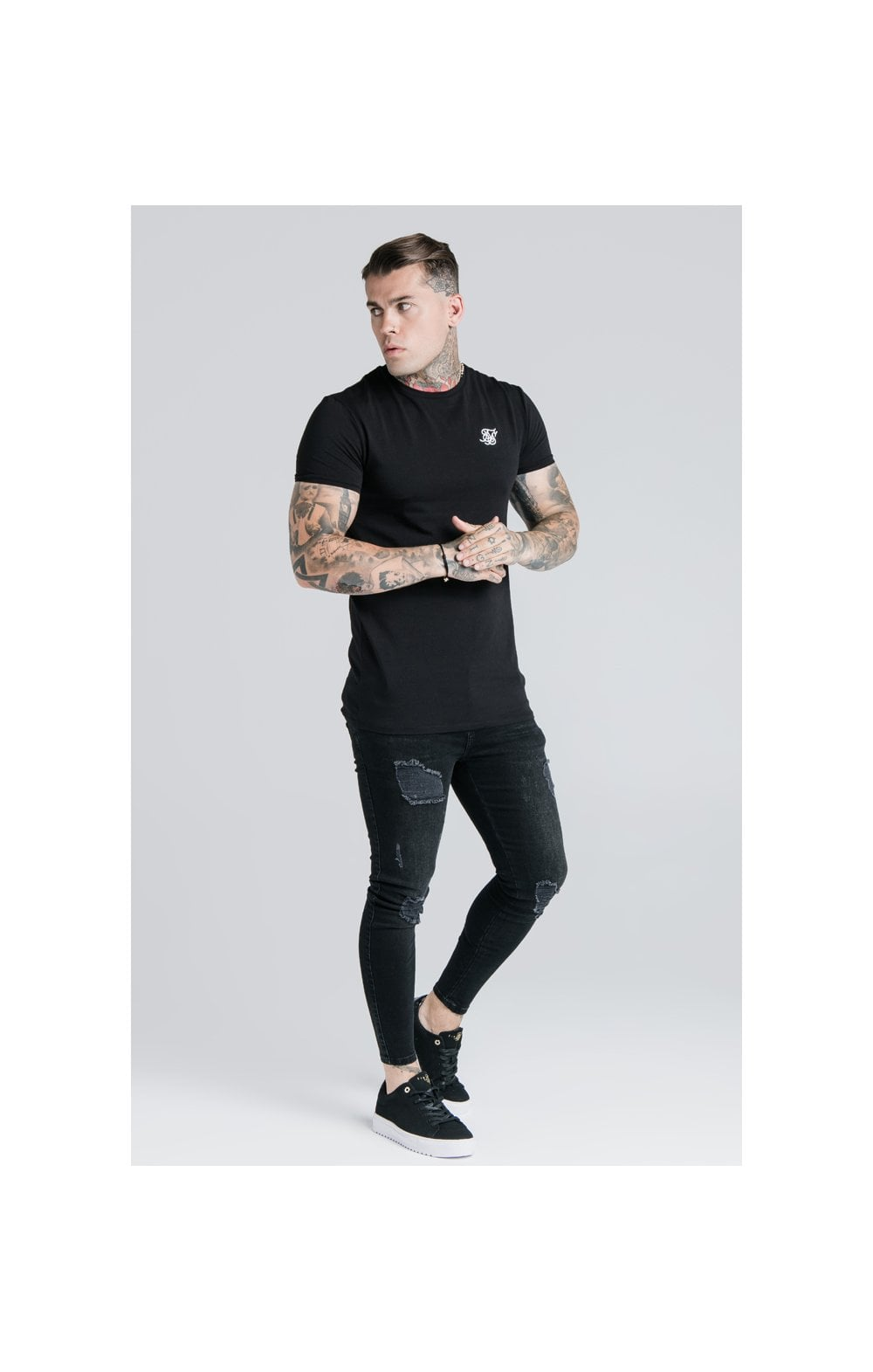 Load image into Gallery viewer, SikSilk Straight Hem Gym Tee - Black (2)