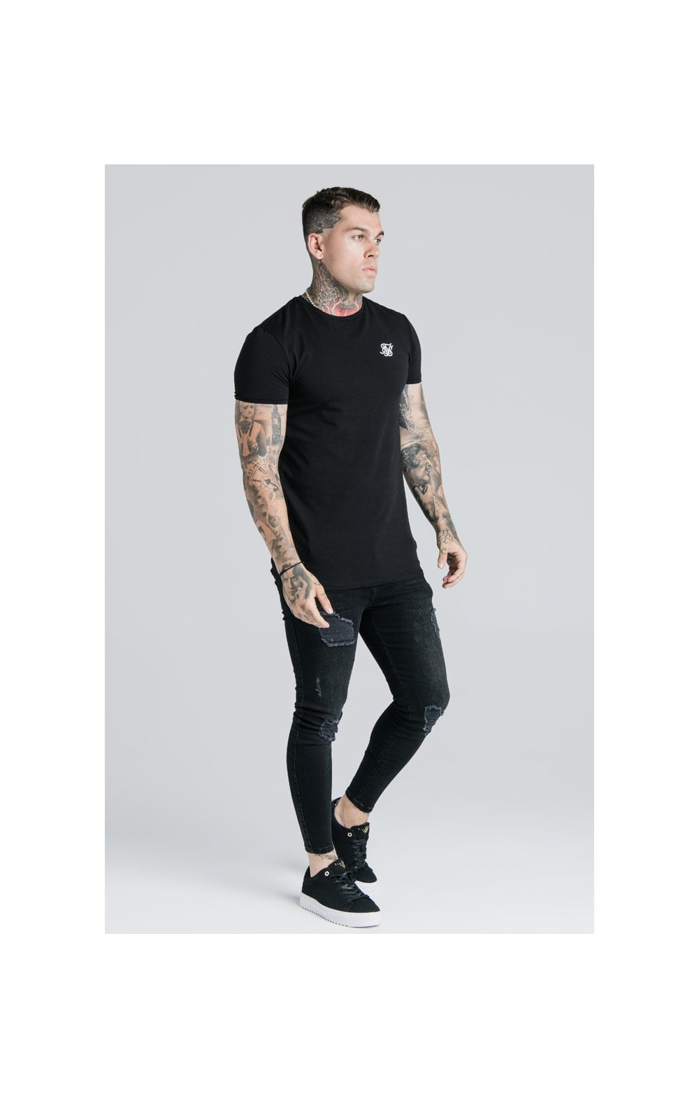 Load image into Gallery viewer, SikSilk Straight Hem Gym Tee - Black (3)