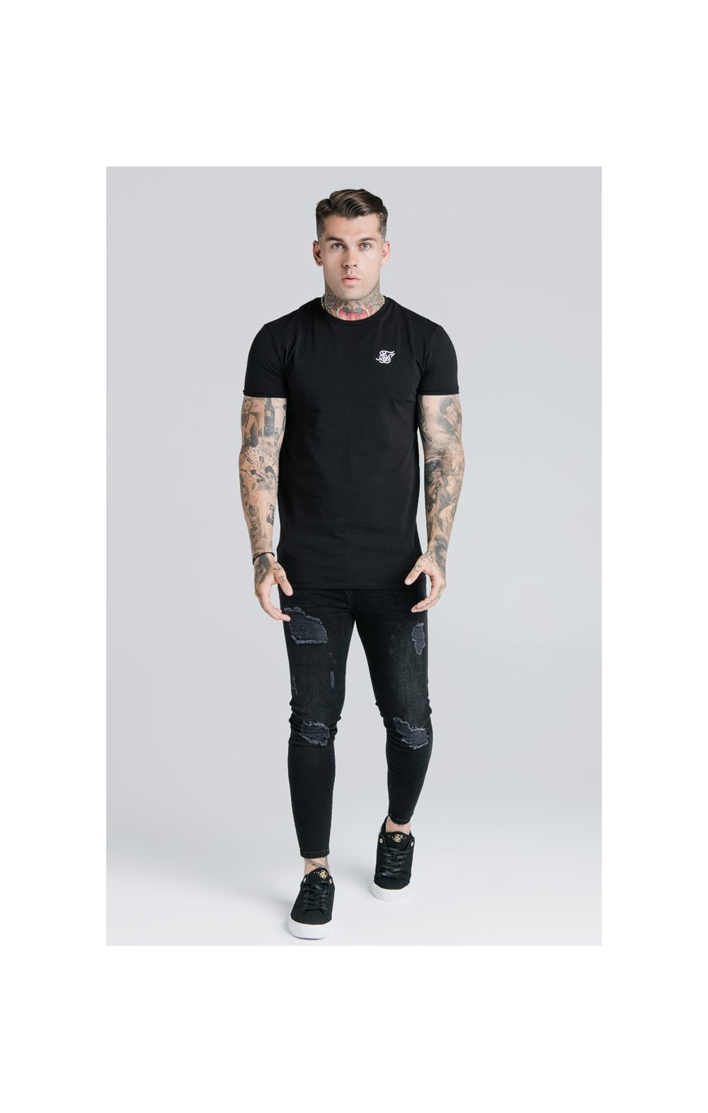 Load image into Gallery viewer, SikSilk Straight Hem Gym Tee - Black (4)