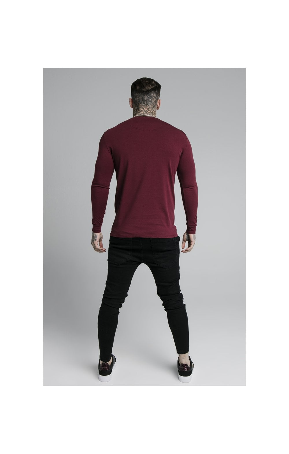 Load image into Gallery viewer, SikSilk L/S Straight Hem Gym Tee – Burgundy (5)