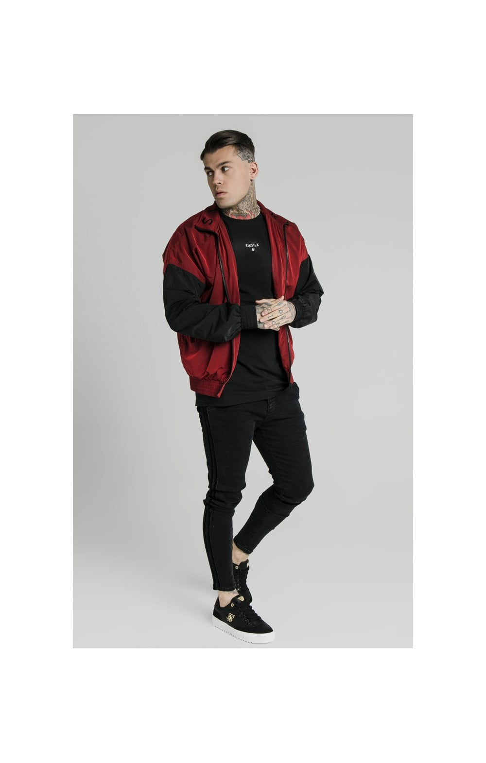 Load image into Gallery viewer, SikSilk Windrunner – Red & Black (4)