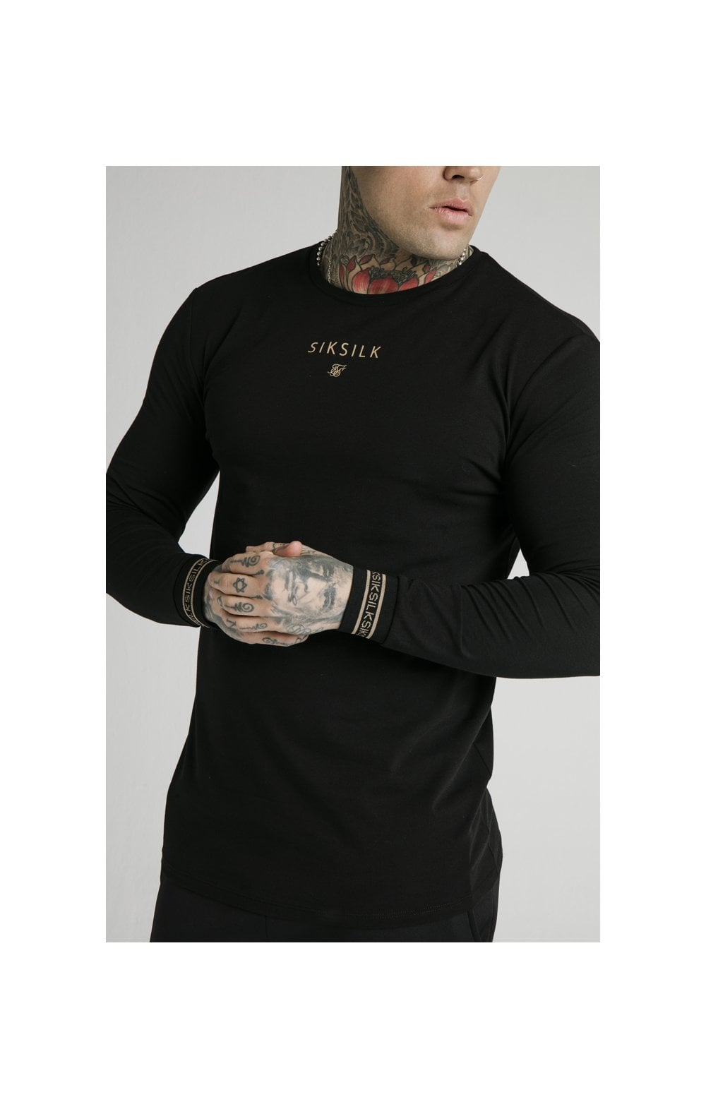 Load image into Gallery viewer, SikSilk Element L/S Straight Hem Gym Tee – Black & Gold (1)