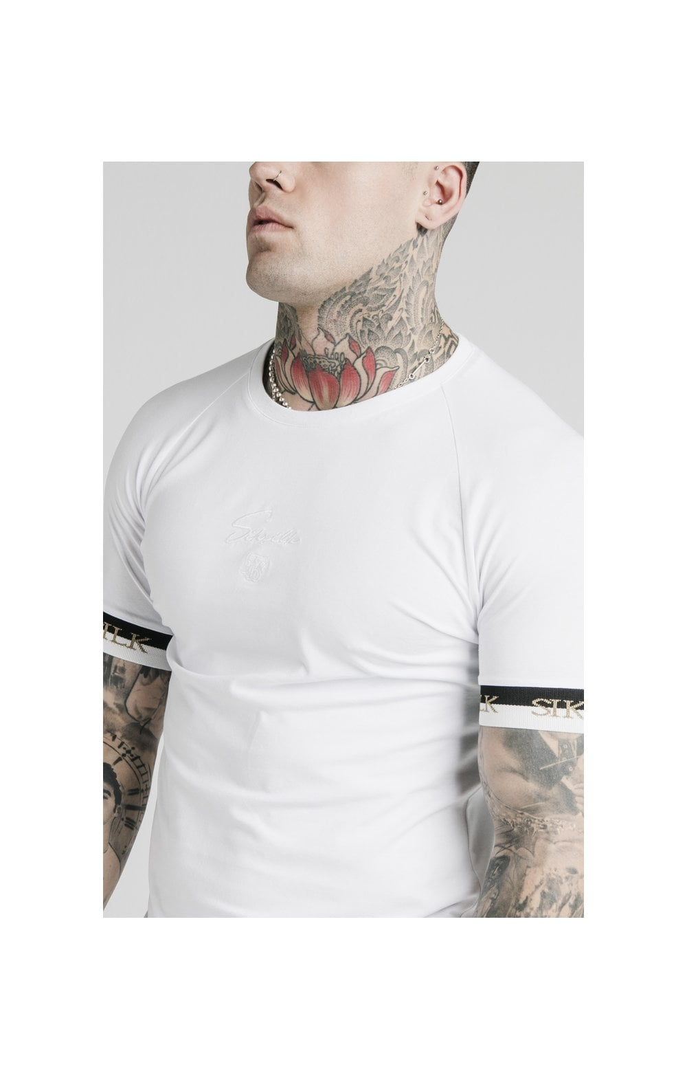 Load image into Gallery viewer, SikSilk S/S Deluxe Raglan Tech Tee - White