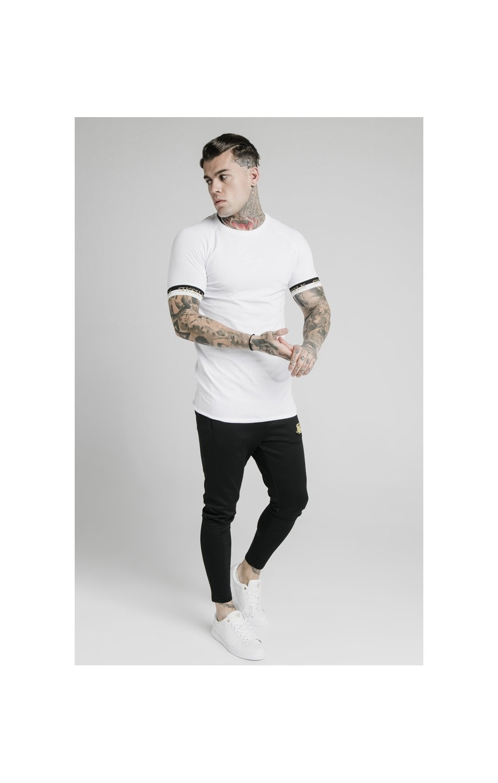 Load image into Gallery viewer, SikSilk S/S Deluxe Raglan Tech Tee - White (3)