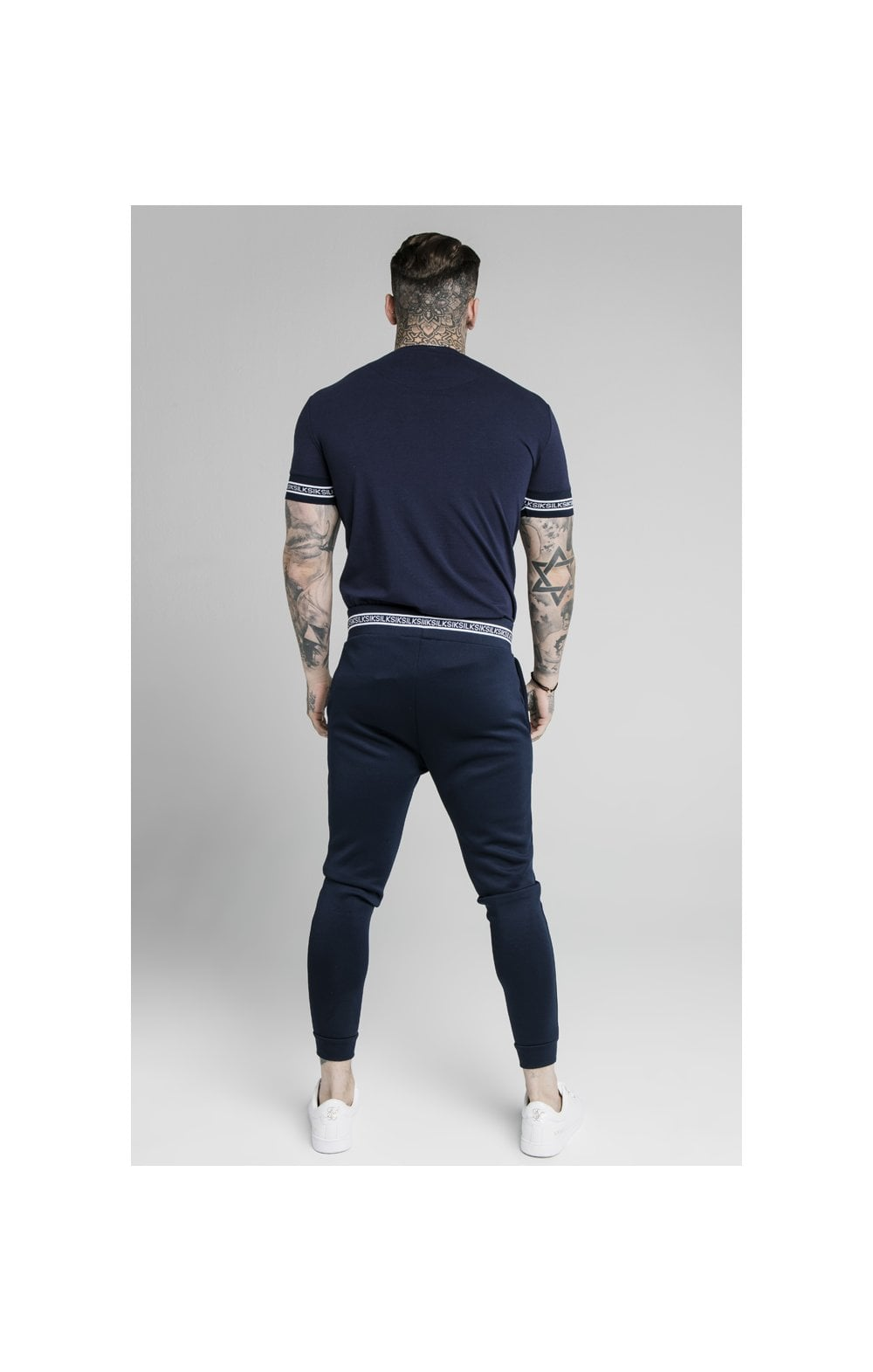 Load image into Gallery viewer, SikSilk Element Straight Hem Gym Tee – Navy & White (3)