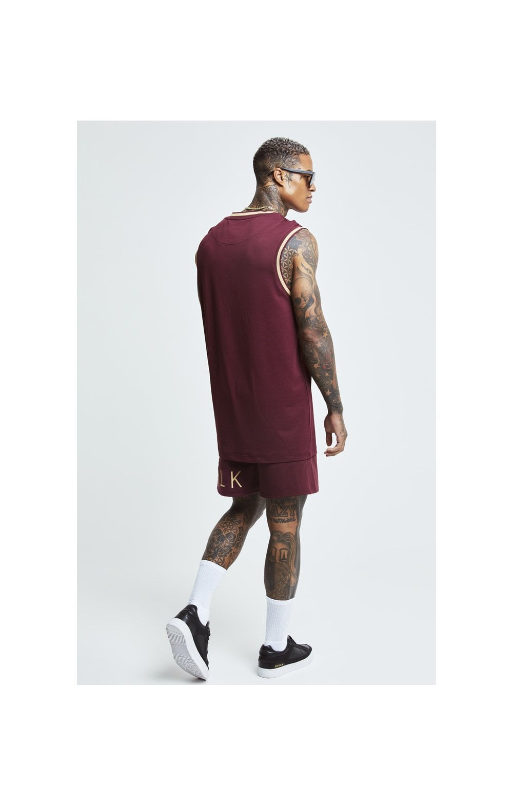 Load image into Gallery viewer, SikSilk Signature Eyelet Basketball Vest - Burgundy & Gold (3)