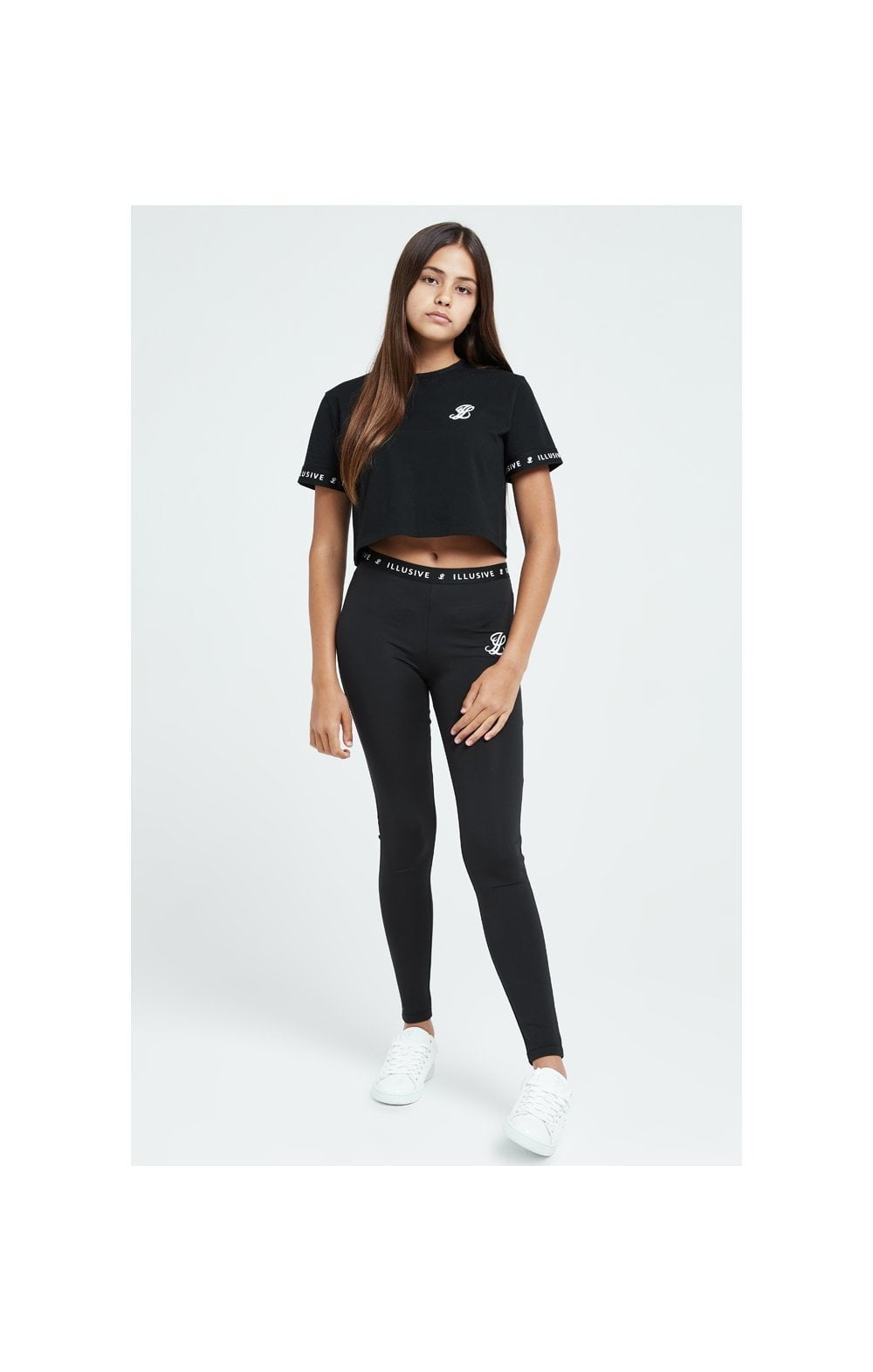 Load image into Gallery viewer, Illusive London Core Crop Tee - Black (4)