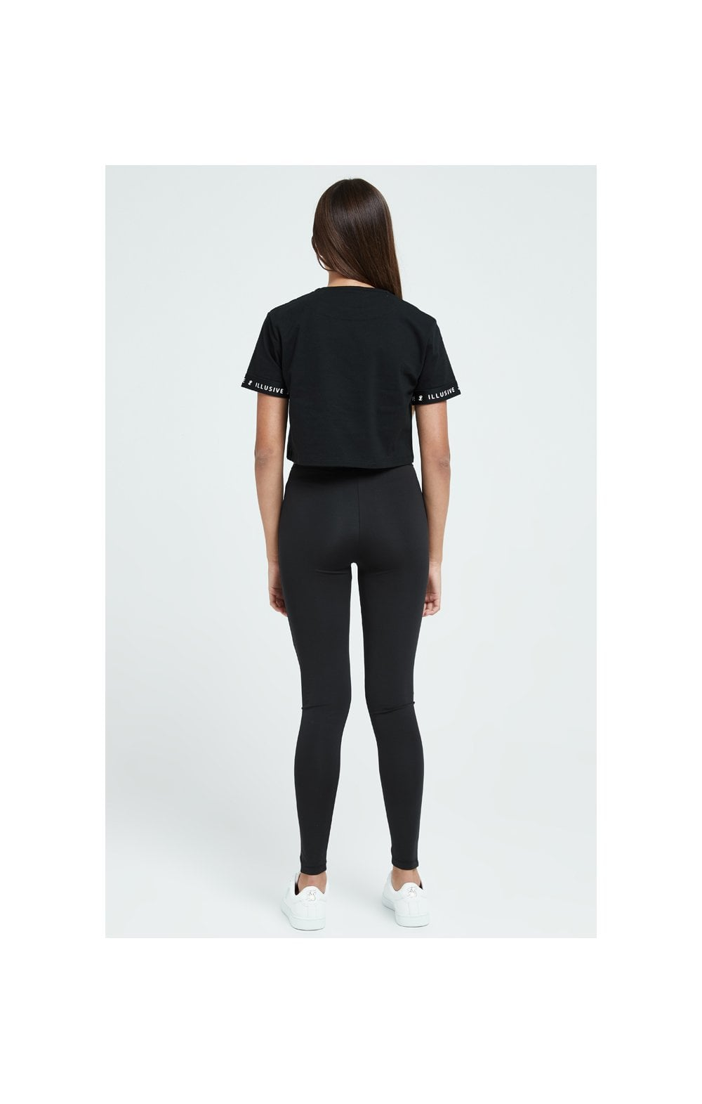 Load image into Gallery viewer, Illusive London Core Crop Tee - Black (5)