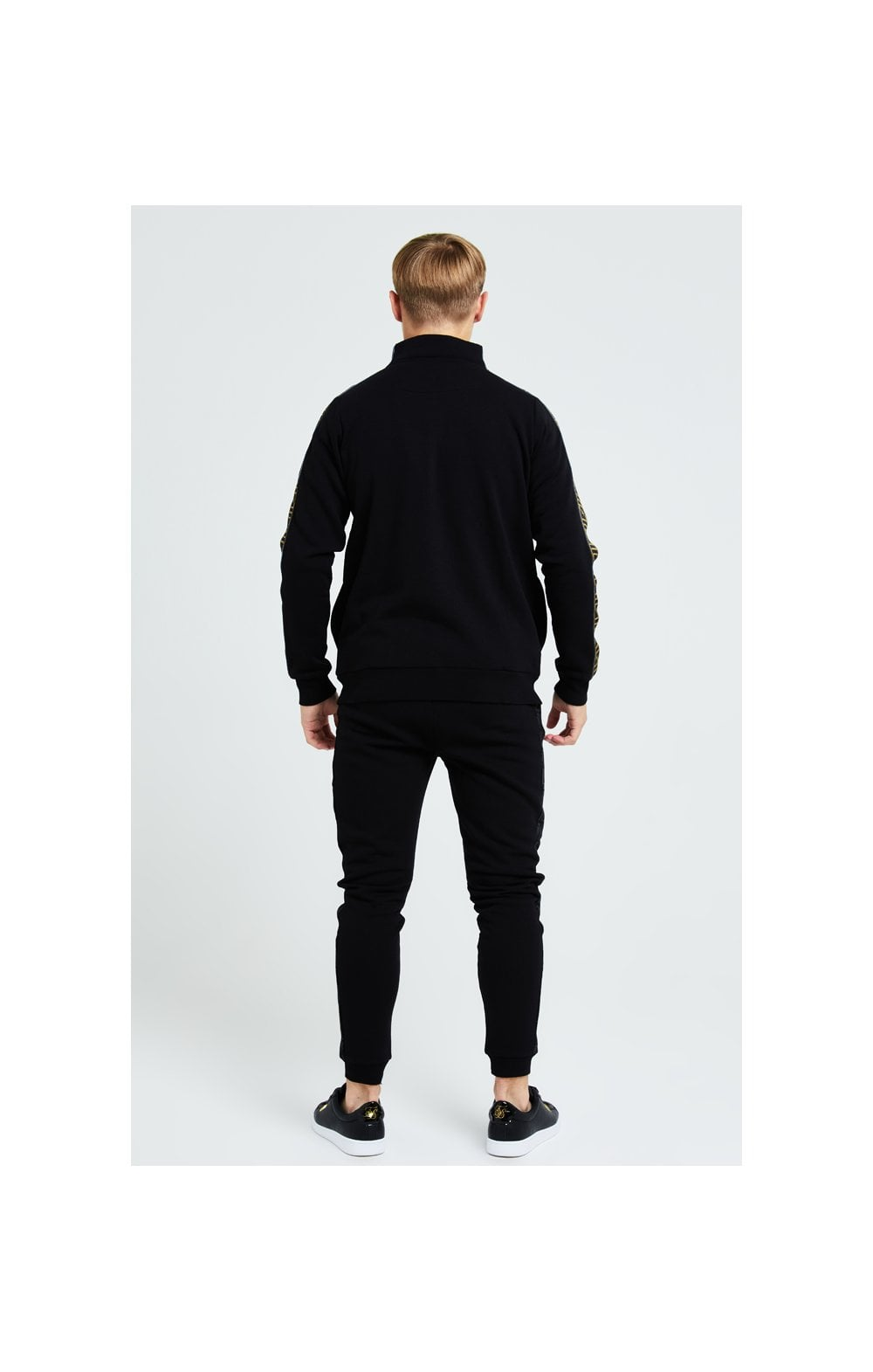 Load image into Gallery viewer, Illusive London Elite Quarter Zip - Black (3)