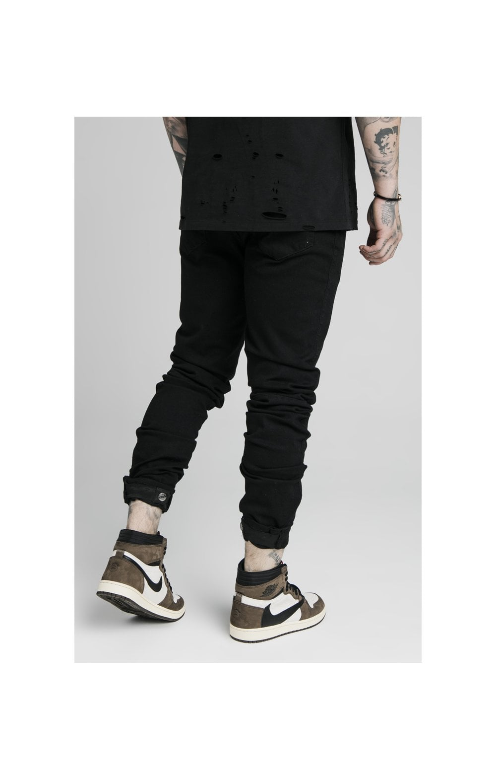 Load image into Gallery viewer, SikSilk Elasticated Strap Cuff Denim Jeans – Black (2)