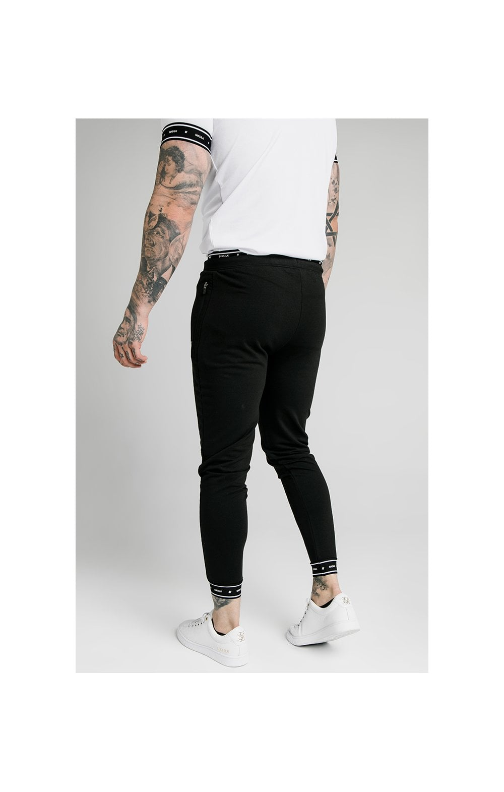 SikSilk Active Muscle Fit Jogger - Black (2)