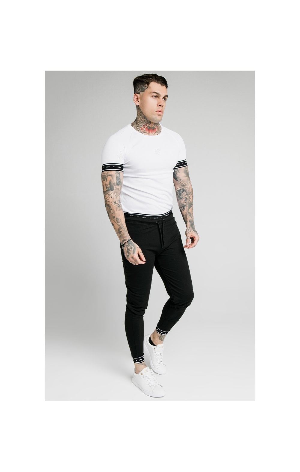 SikSilk Active Muscle Fit Jogger - Black (3)