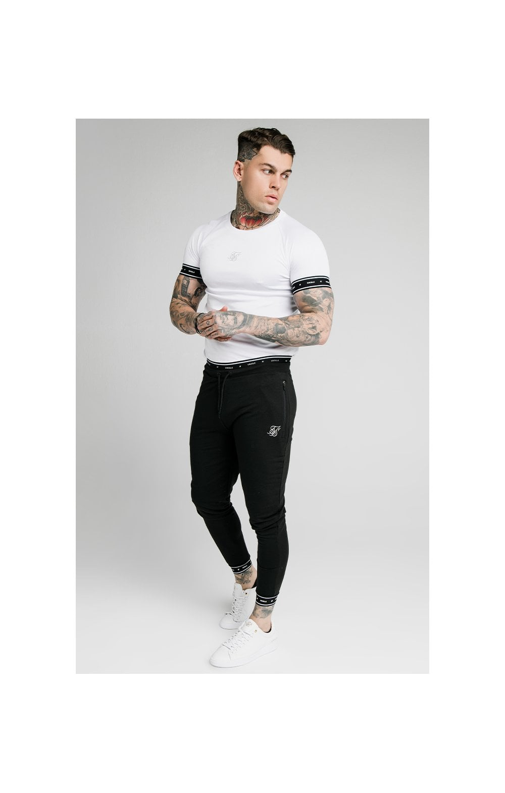 SikSilk Active Muscle Fit Jogger - Black (4)