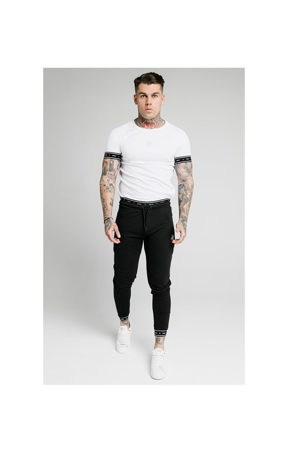 SikSilk Active Muscle Fit Jogger - Black (5)