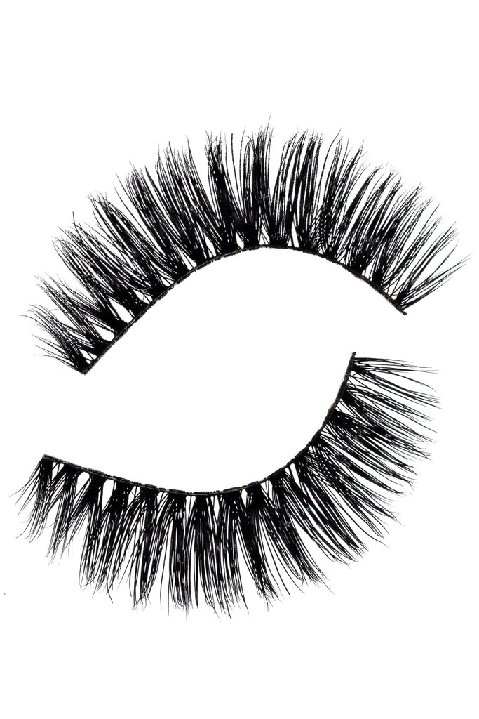 Roxanne Lashes