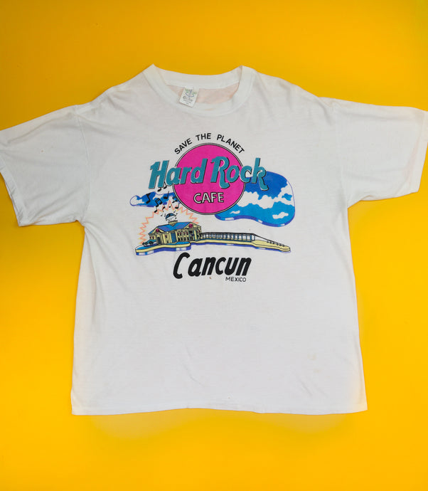 Vintage Hard Rock Cafe Cancun T-Shirt