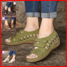 Load image into Gallery viewer, Carmi Fashion Sandals