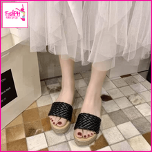 Load image into Gallery viewer, Jovs Fashion Sandals