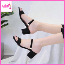 Load image into Gallery viewer, Nicole Block Heel Sandals