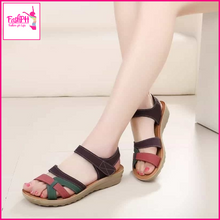 Load image into Gallery viewer, Emily Flat Sandals
