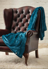 Load image into Gallery viewer, Heat Holders Snuggle Thermal Luxury Fleece Blanket / Throw 1.6 Tog ... Teal