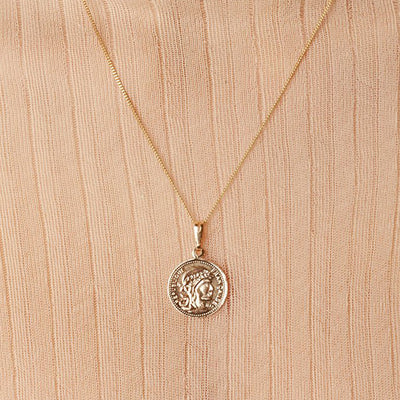 "Mini Gold Coin +18"" Chain"