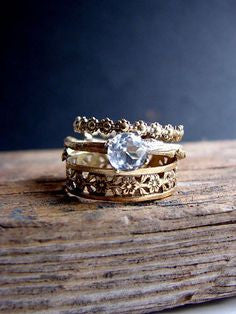 Unique and vintage engagement rings - Ring 300