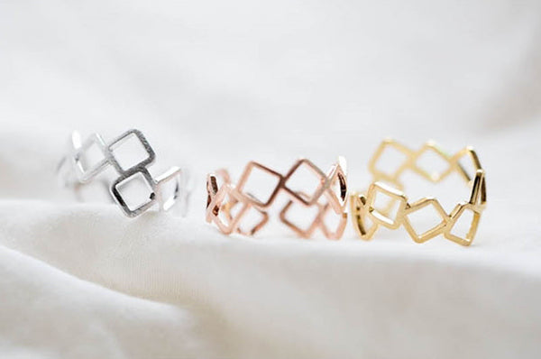 Adjustable Square Ring